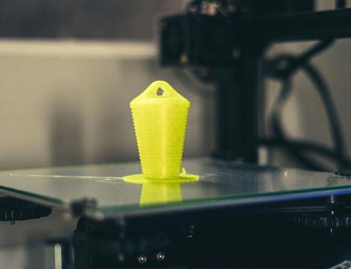 Imprimiendo tapón para escape de moto en TPU.